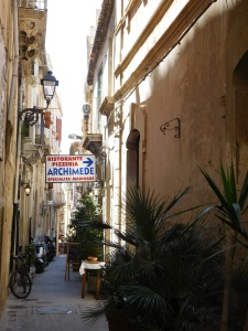 Alley in Ortygia - always inviting exploration